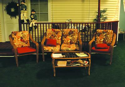 House_chairs_fs.jpg